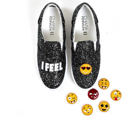 chiara-ferragni-i-feel-shoes-with-emojis